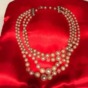 Jewelry - Vintage Faux Pearls